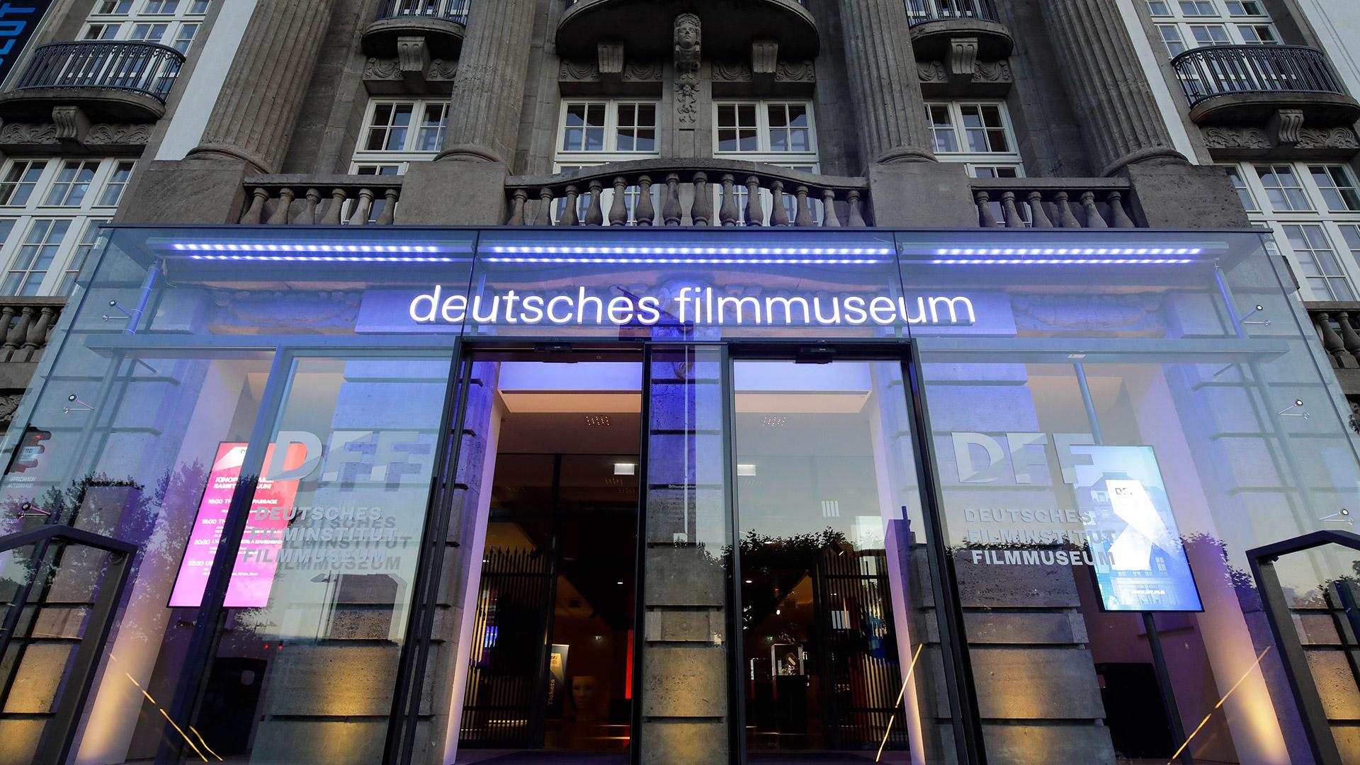 DFF Fassade Eingangsbereich