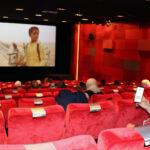 Die Projektgruppe von Al Karama im Kino des DFF